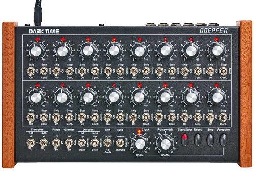 Doepfer Dark Time analog sequencer red LEDs