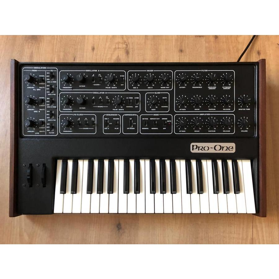 Sequential Circuits Sequential Circuits Pro-one