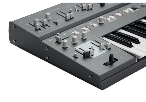UDO Audio Super 6 Polysynth (black) (PRE-ORDER)