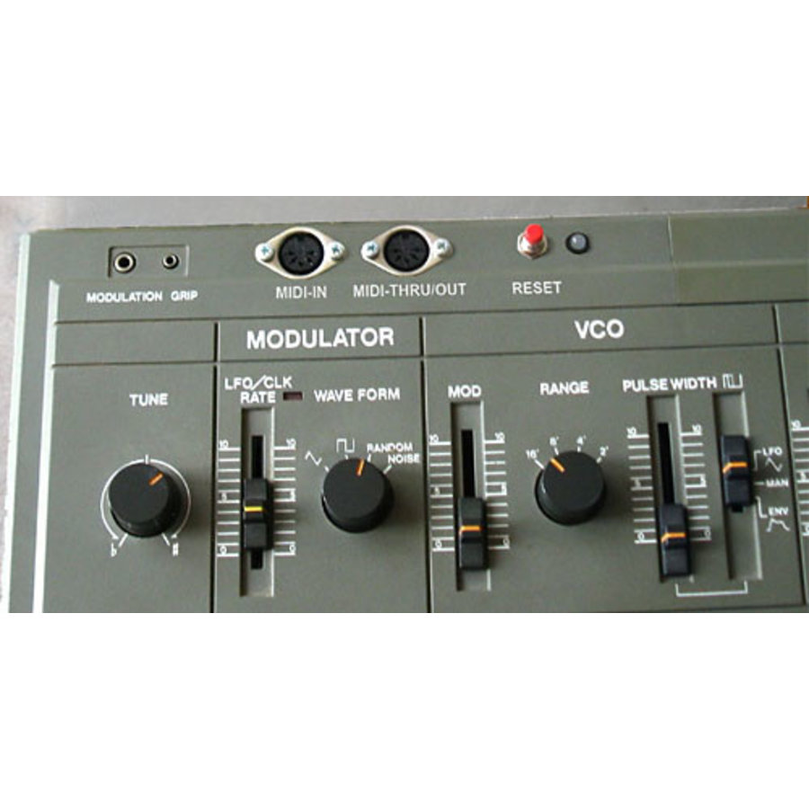 CHD SH101-M: Roland SH-101 MIDI Interface