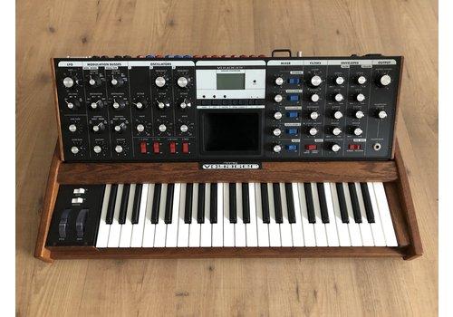 Moog Music Voyager Performer Series + Moog Gigbag