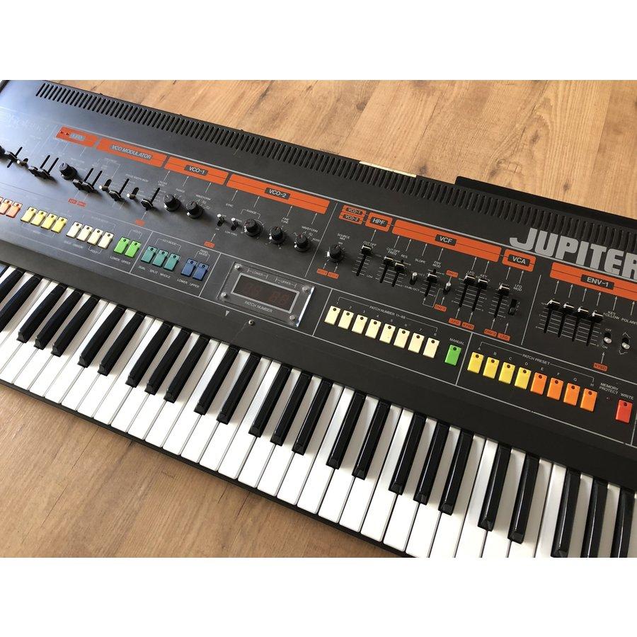 Roland Jupiter 8 (+Kenton MIDI)