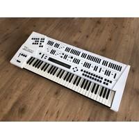 Roland JD-800 (Custom White)