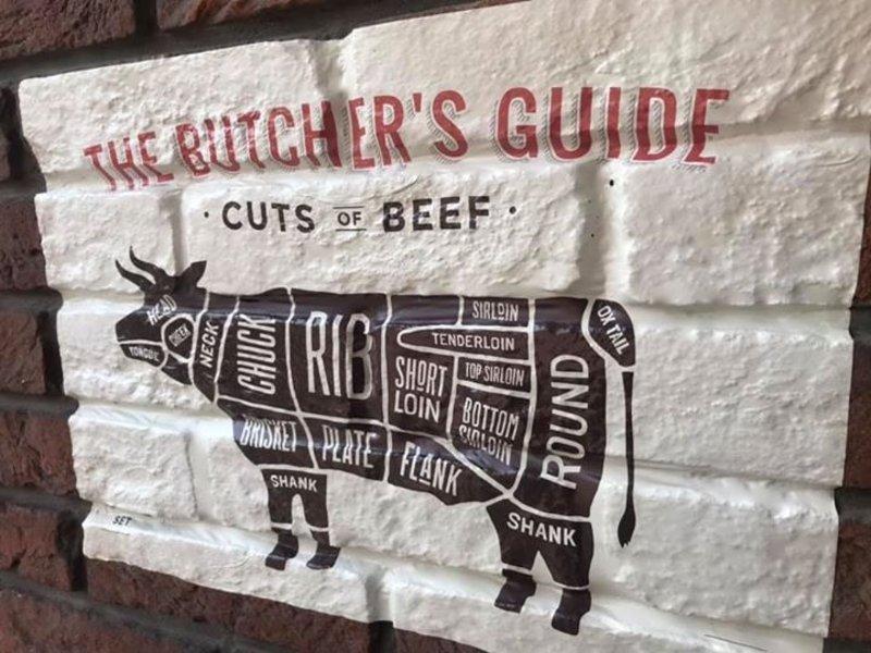 RoughMark Hert Sticker cuts of venison BBQ