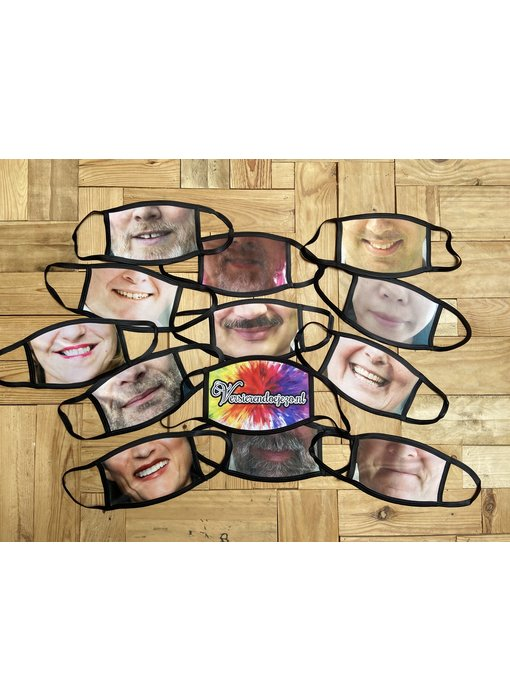 Versierendoejezo mondkapje met print