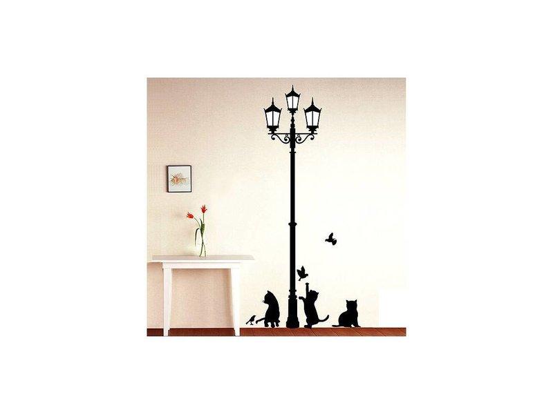 Muursticker katten bij oude lantaarnpaal