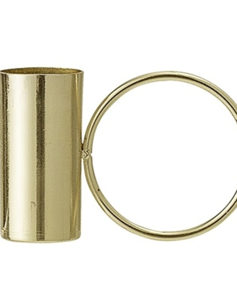 Candle holder with ring