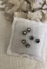 Earrings star shape