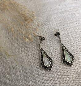 Zilveren oorbellen met opaal