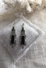 Earrings with onyx