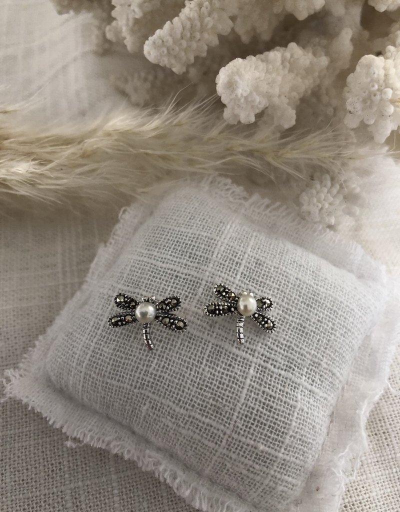 Kleine oorbellen met parel