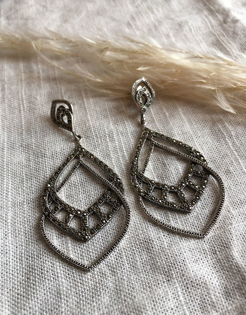 Long earrings marcasite