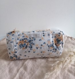 Toiletry bag flower print