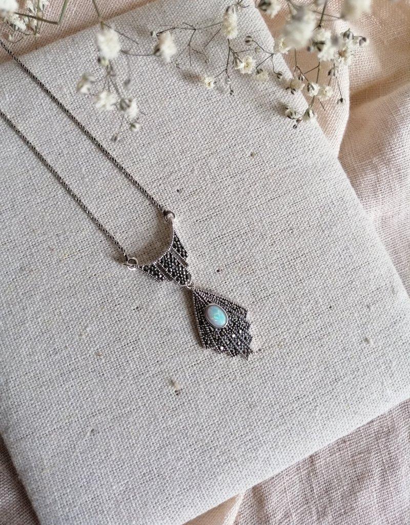 Necklace opal