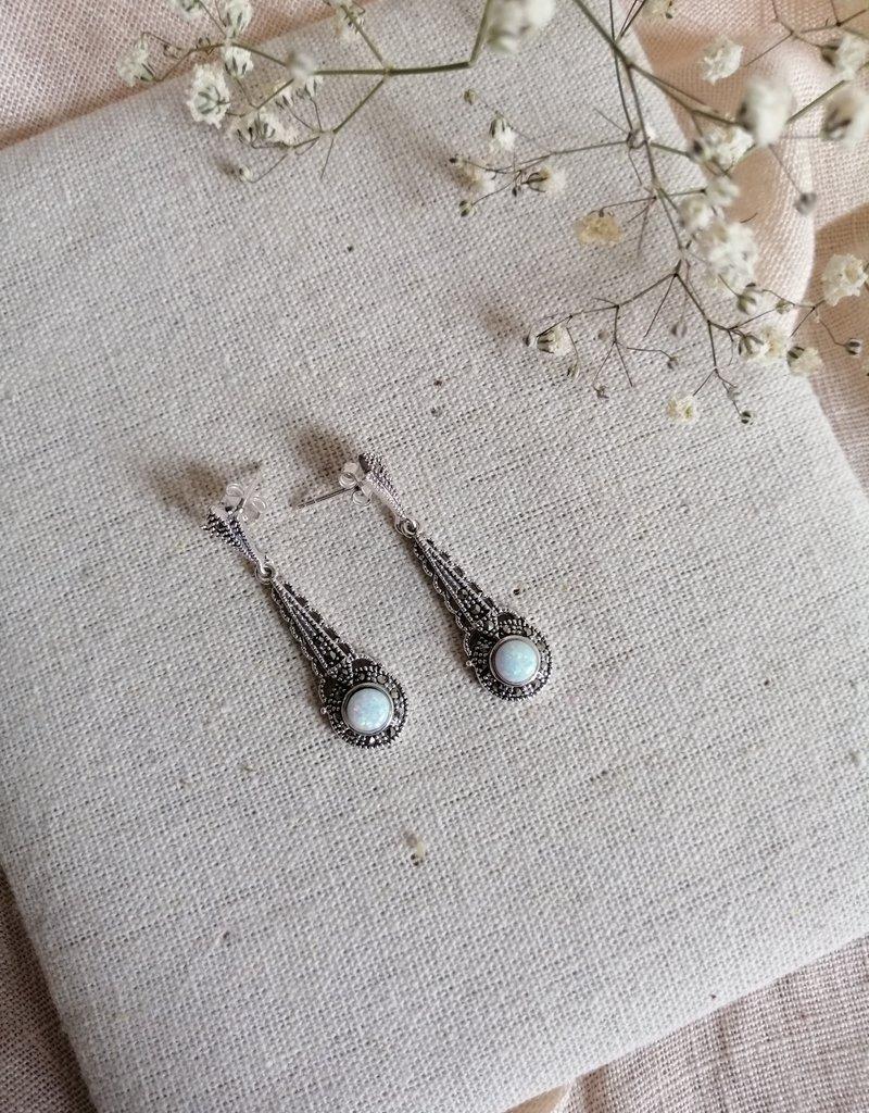 Earrings opal