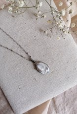 Necklace natural pearl