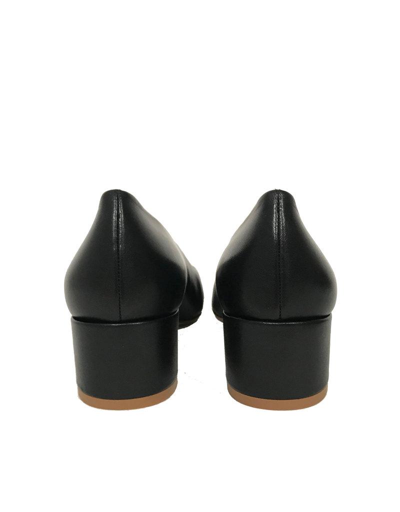 Karmine Pump lage hak Zwart/Wit