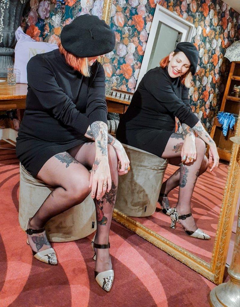 Chie Mihara Pump lage hak zwart/creme