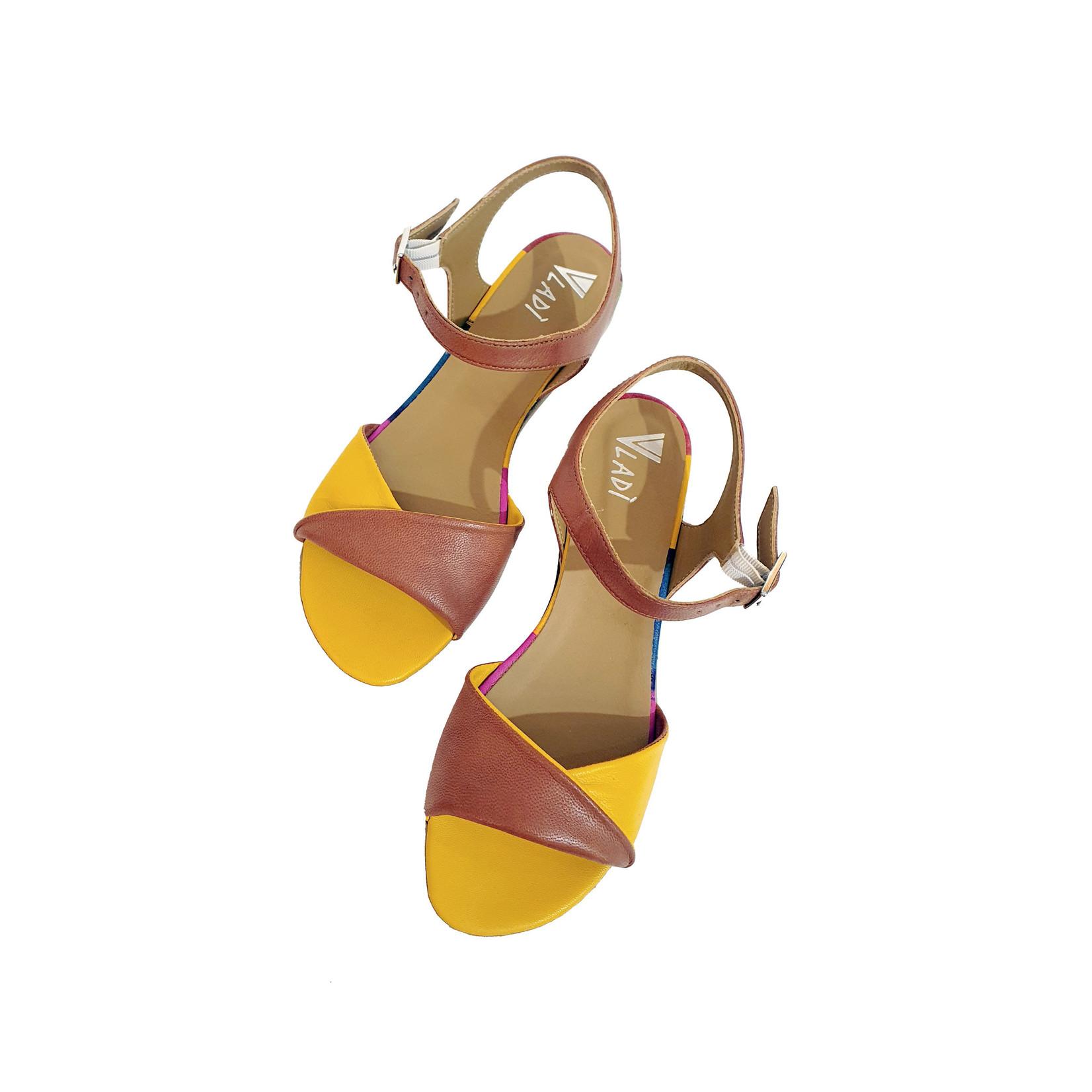 sandaal geel bruin