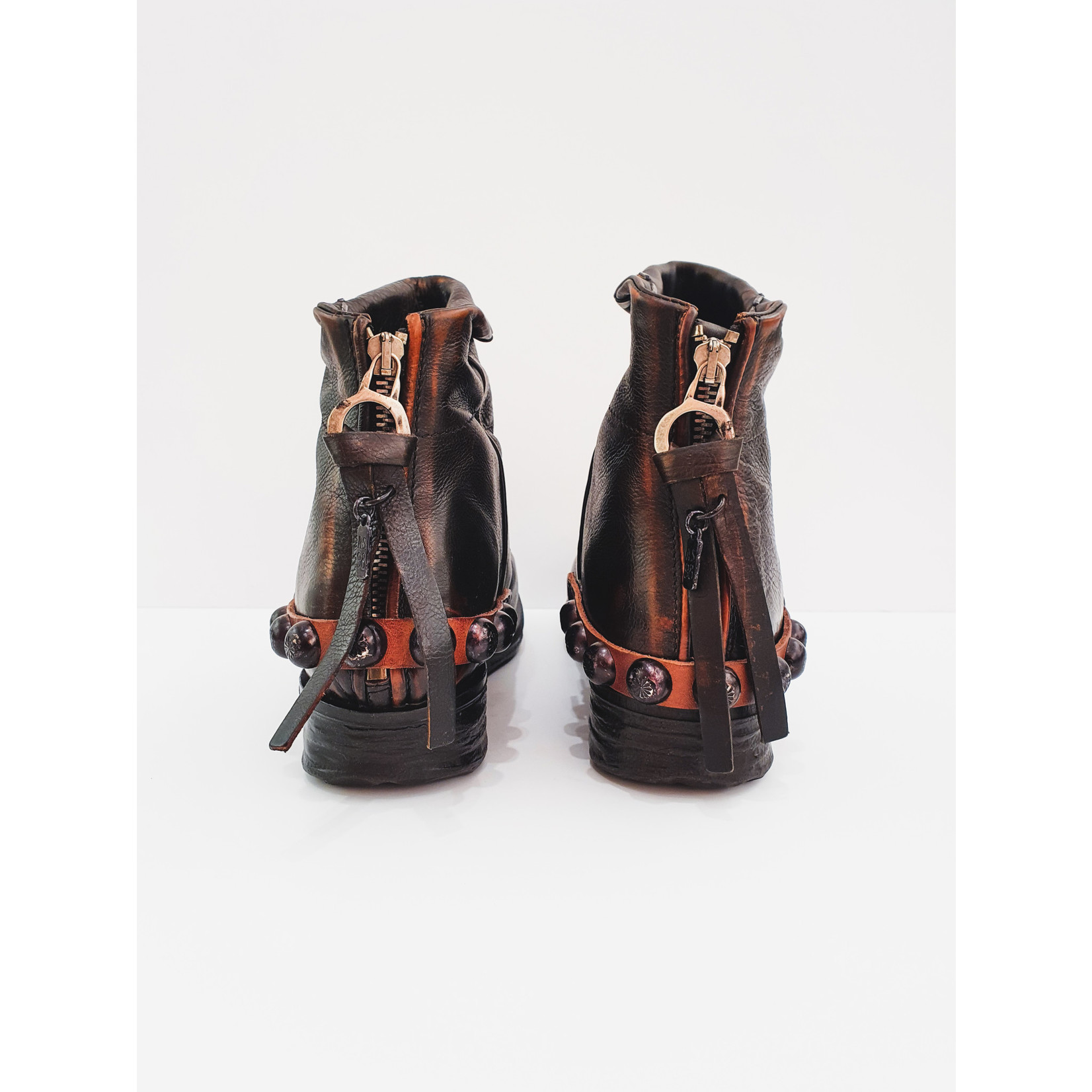 Rusty Dusty boots