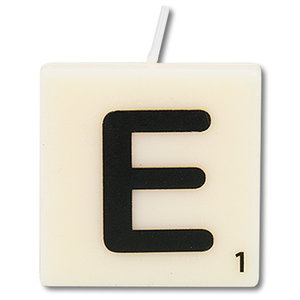 Letter kaarsje wit E