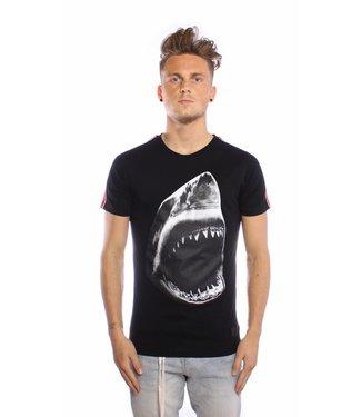 Conflict Conflict T-shirt Shark Black
