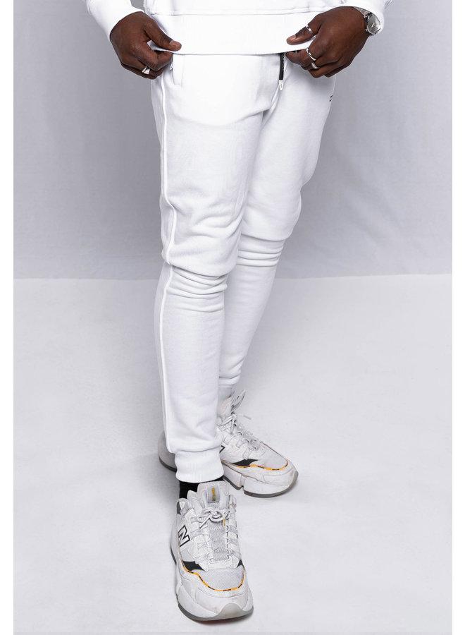 Conflict Sweat Pants Essentials Weiß