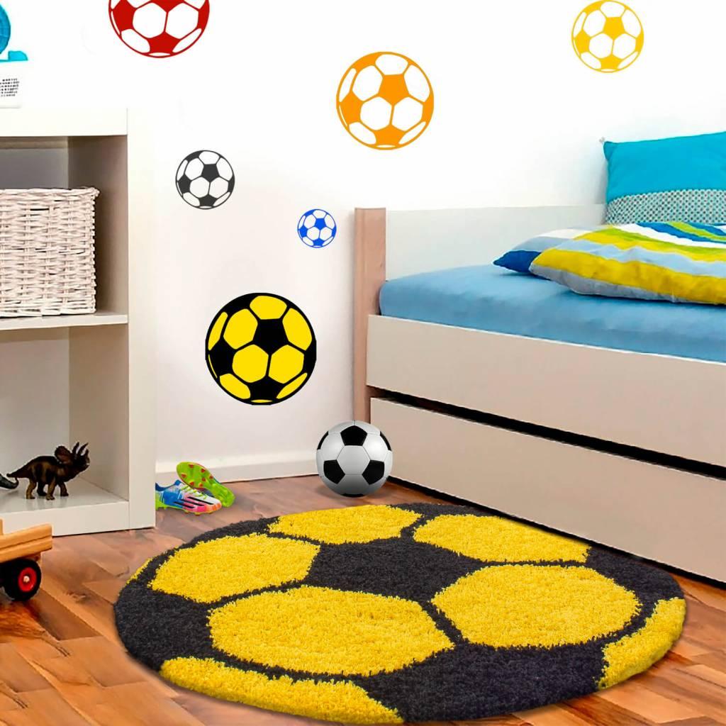 Verbazingwekkend Vloerkleed in de vorm van een voetbal, het vloerkleed is in DA-14