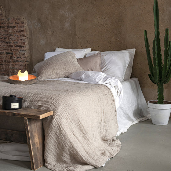 Cleo decorative cushion cover