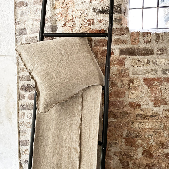 Nina decorative cushion cover