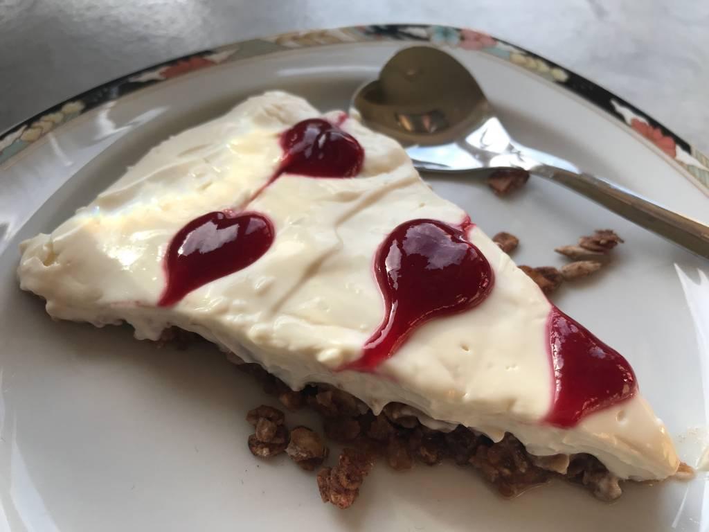 Cheesecake met bodem van cacao granola