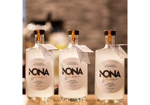 Nonadrinks Belgische alcoholvrije spirit Nona June (70cl)