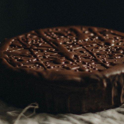 Schokoladenkuchen mit Sumac