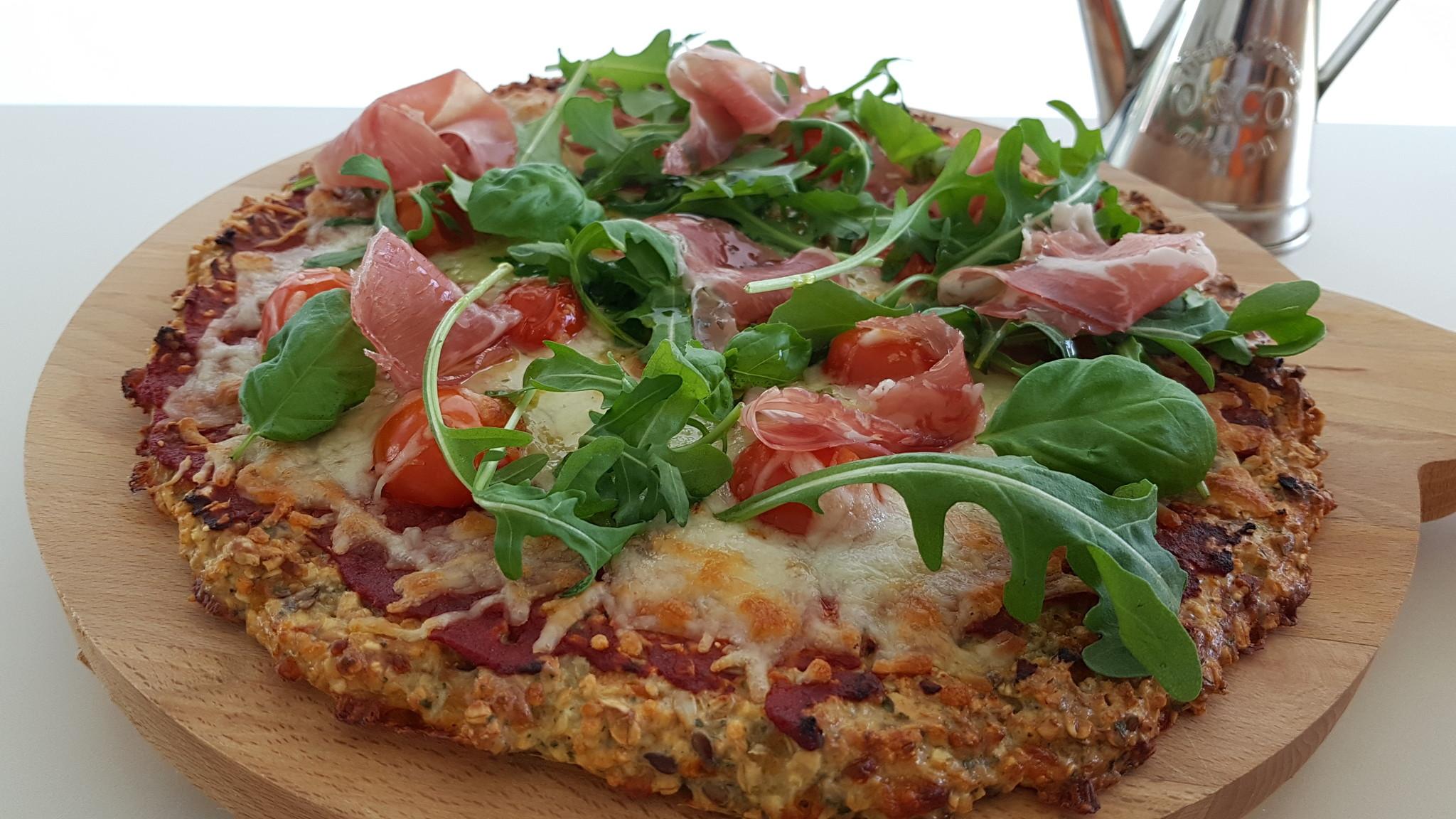 Gezonde pizza met de broodmix van HighFibe