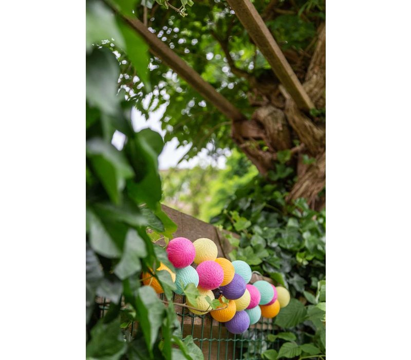Outdoor party lighting | Arco Iris | 20 balls