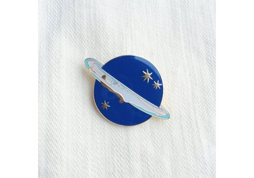 Lisa Junius Lisa Junius - Saturne Pin