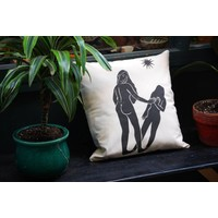 Hanako Mimiko - Mujer y Sombra - Cushion