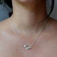Âme Jewels - Hands Necklace - Silver