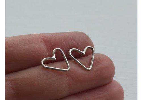 Âme Âme Jewels - Little Heart Earrings - Silver