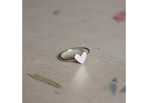 Âme Âme Jewels - Small Heart Ring