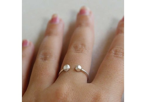 Âme Âme Jewels - Two Dots - Ring