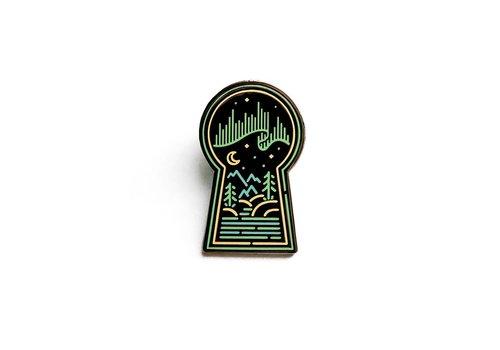 Lost Lust Supply Lost Lust Supply - Heeey! Studio's Aurora Keyhole - Pin
