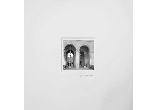 Julieta Ansalas Photography Julieta Ansalas - N3 Museo de Catalunya (Port Vell) - Black & White Photo