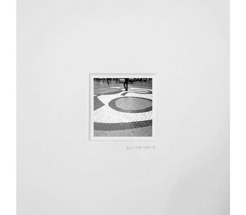 Julieta Ansalas - N14 Ramblas  - Black & White Photo