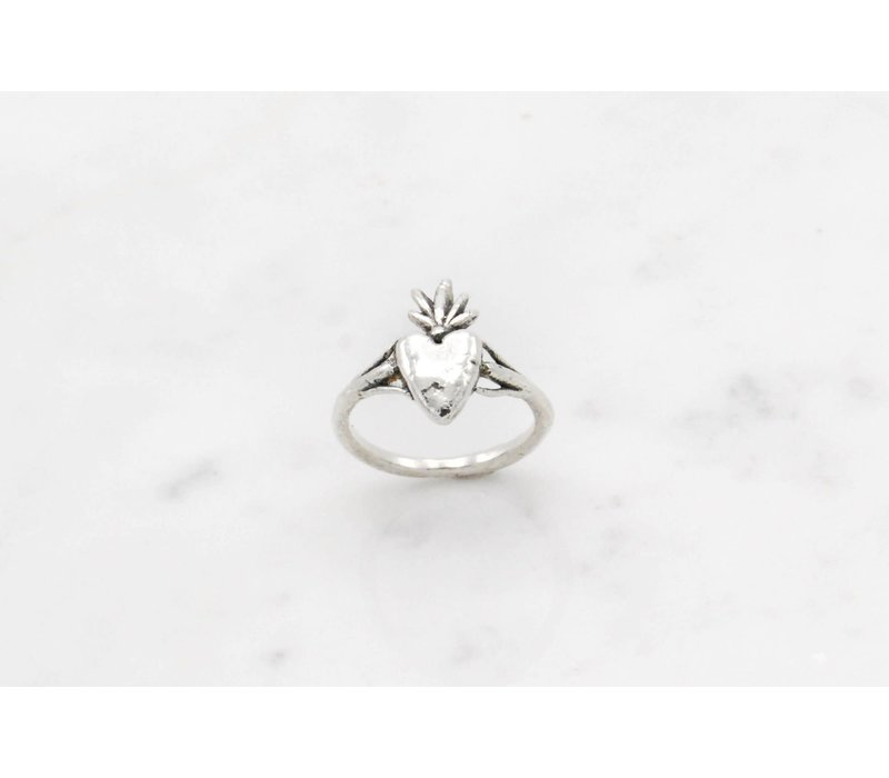 Datter Industries - Burning Heart Ring - Silver