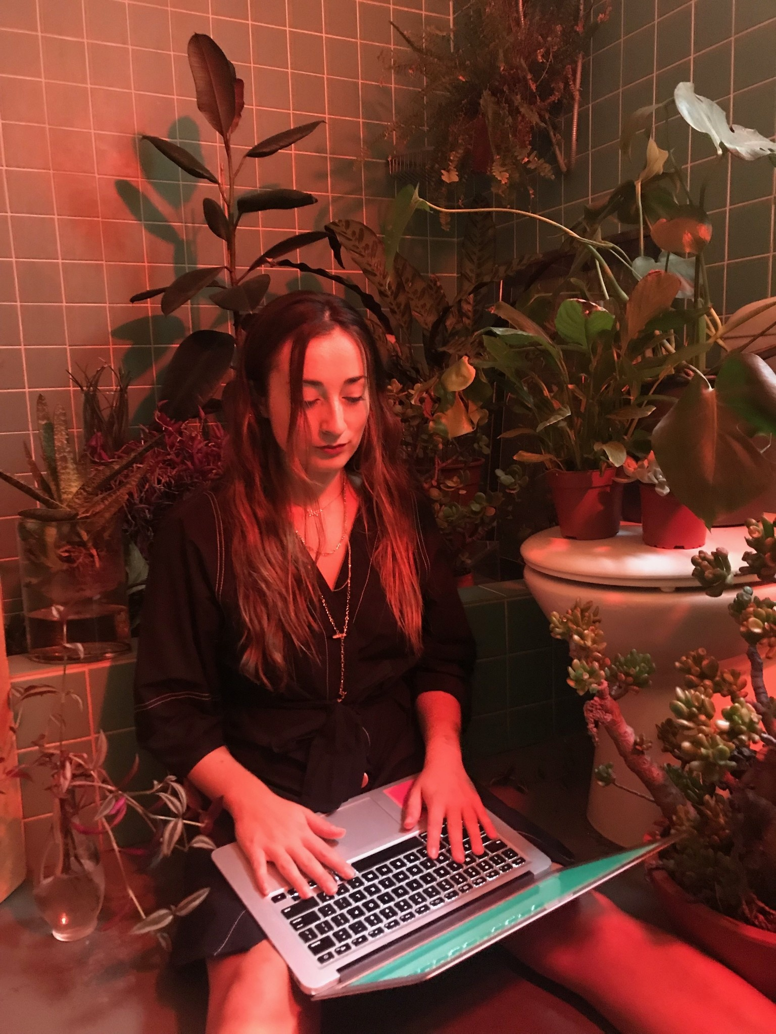 Grey Street meets Mago Hart, Plant-Musician and Audiovisual Artist