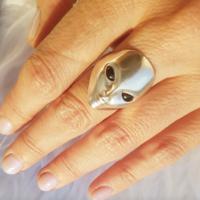 Xtellar - Alien Ring with onyx eyes - Silver