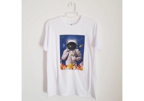 Xtellar Xtellar - Astronaut God - T-Shirt