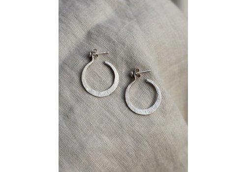 Musa Mundi Musa Mundi- Wrought Hoops - Earrings
