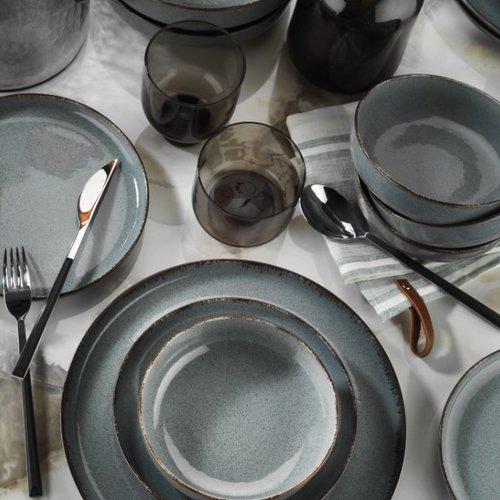 Ocean table ware